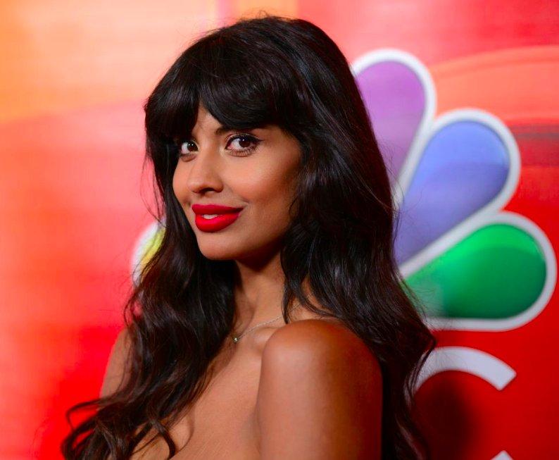 img 5bfee06b22ba9.png?resize=412,232 - L'actrice Jameela Jamil en guerre contre les célébrités qui font la promotion des thés diététiques.