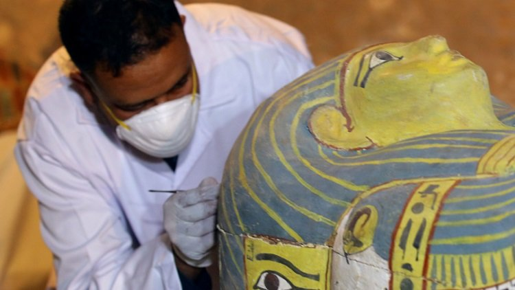 m1 8.jpg?resize=300,169 - Recently Opened 3,000-Year-Old Sarcophagus Reveals Perfectly Preserved Mummy Of A Woman