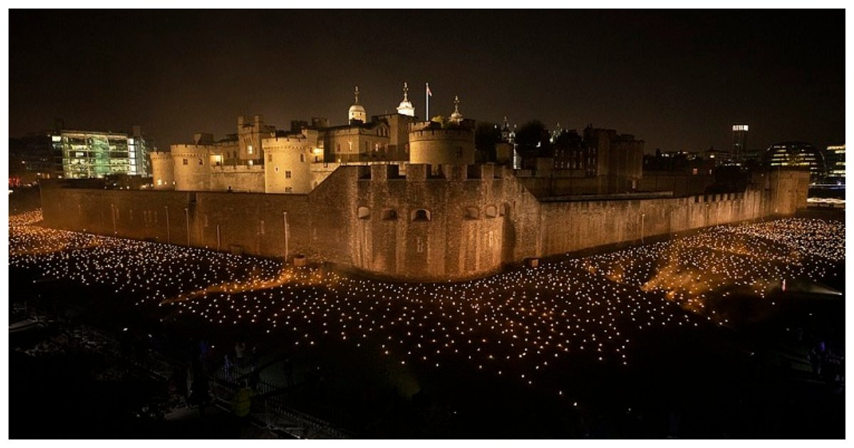 moat.jpg?resize=300,169 - British War Dead Honored As 10,000 Torches Lit At Tower Of London Ahead of WW1 Armistice Centenary