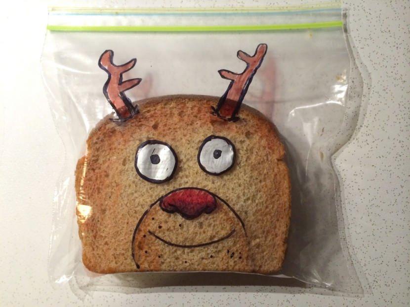 sacs sandwichs creatifs 2.jpg?resize=412,232 - Ce papa égaye les sandwichs de ses enfants avec de drôles de dessins!