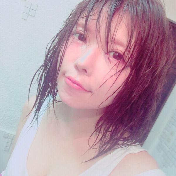「益若つばさ お風呂上がり」の画像検索結果