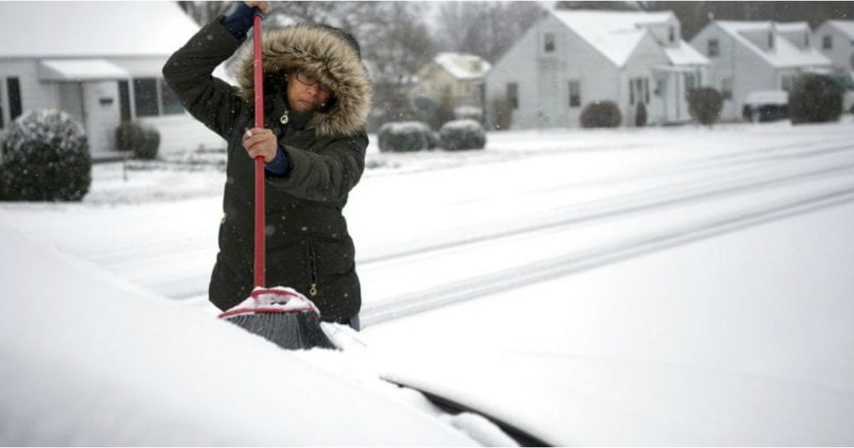 14 5.jpg?resize=1200,630 - 25 Hacks To Get Your Car Through Winter With A Breeze