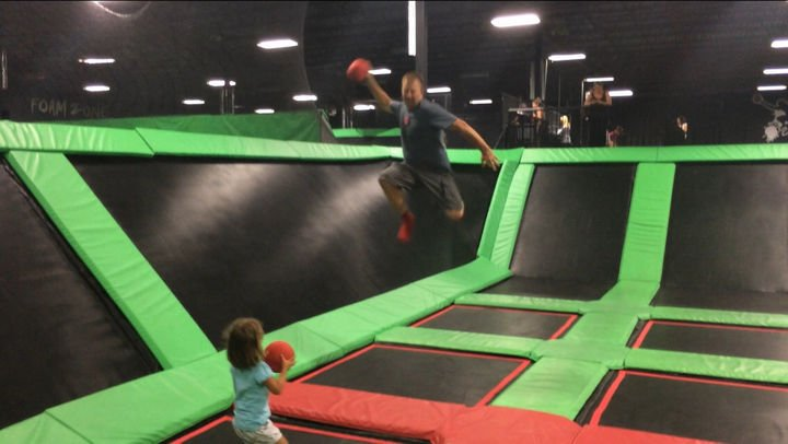 16 Funny Dads - This dad teaching how to be competitive at sports.