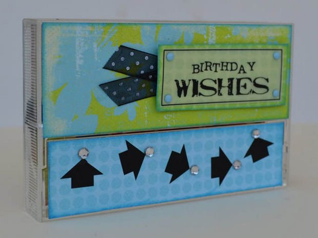 18 Upcycling Ideas - Transform old cassette cases into imaginative gift card boxes.