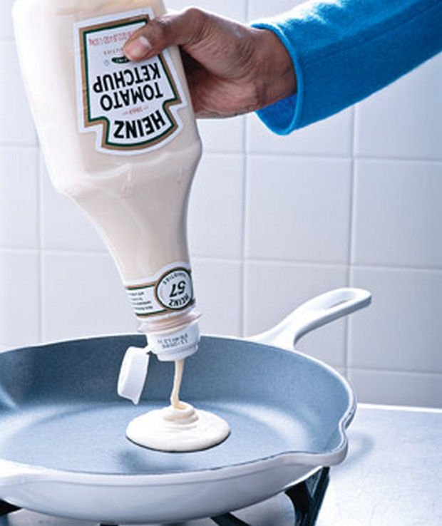 18 Upcycling Ideas - Use empty ketchup bottles for pouring pancake batter.
