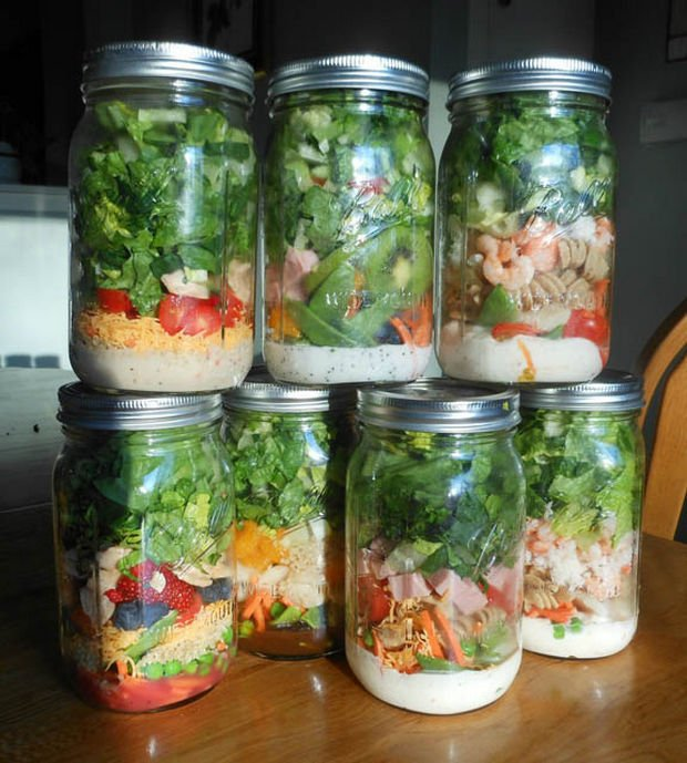 18 Upcycling Ideas - Use Mason jars to store your salad for work. Put your dressing first in the bottom of the jar and your ingredients will stay crisp until ready to eat.