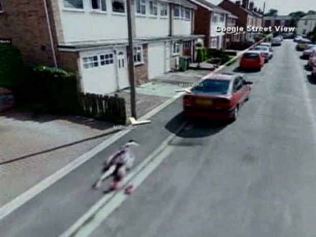 25 Weird Things Found on Google Maps - Is that a human body lying on the ground?