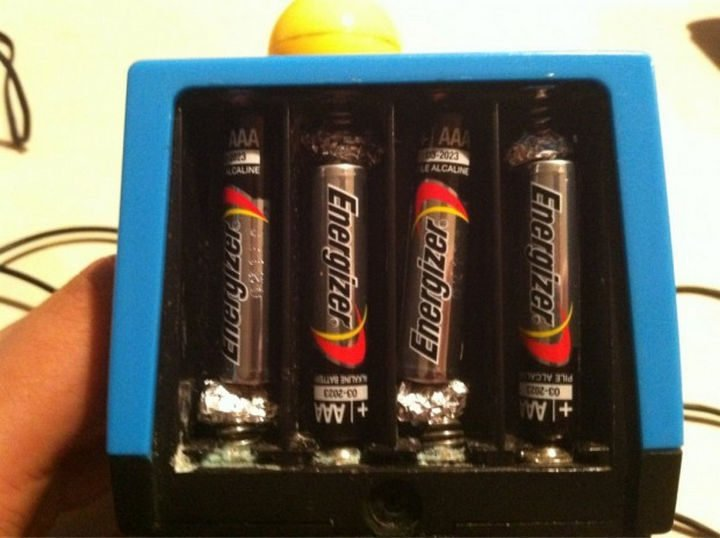 26 Simple Life Hacks - When you run out of AA batteries, use AAA batteries instead.