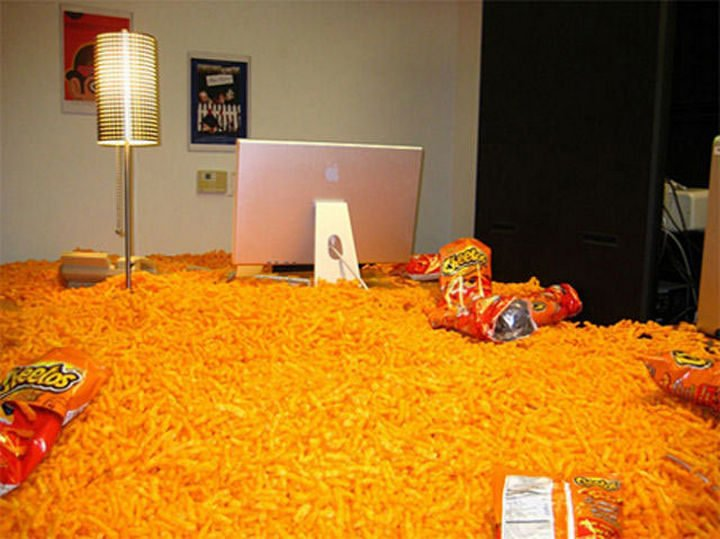 26 Funny Office Pranks - Who