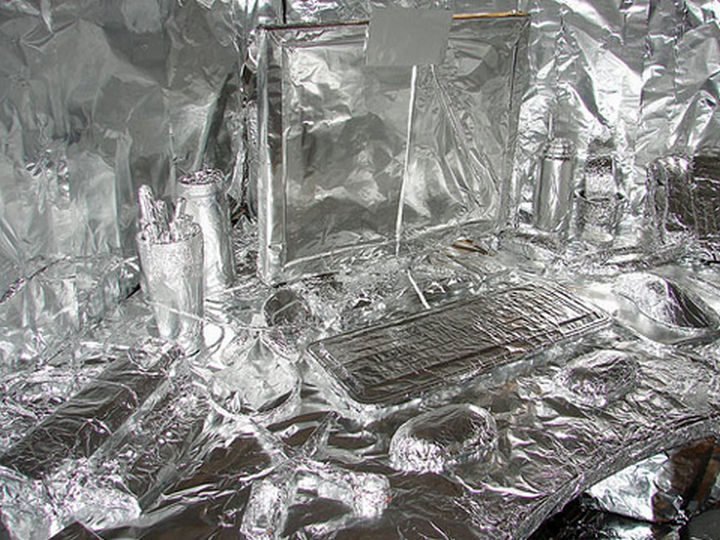 26 Funny Office Pranks - For the person who likes things to be shiny!