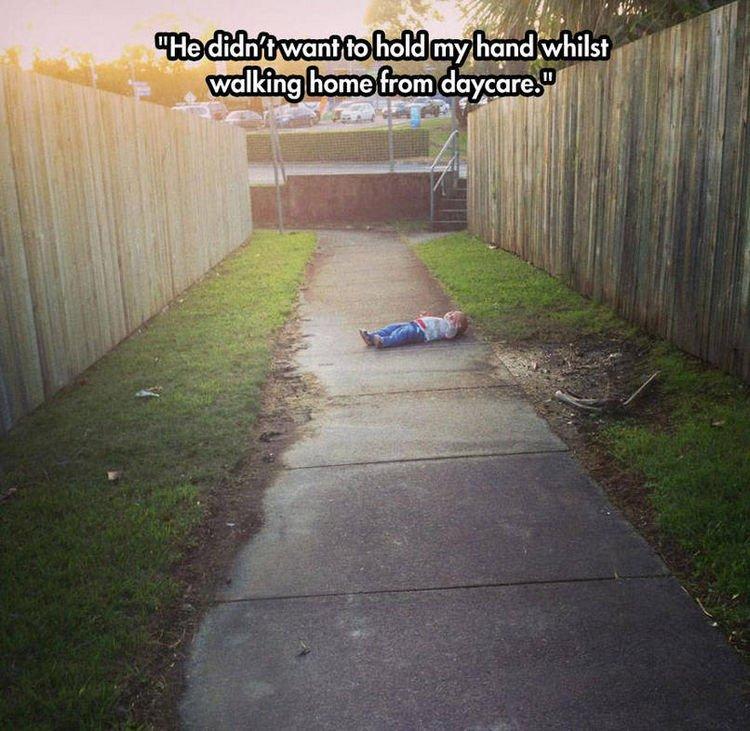 37 Photos of Kids Losing It - He didn