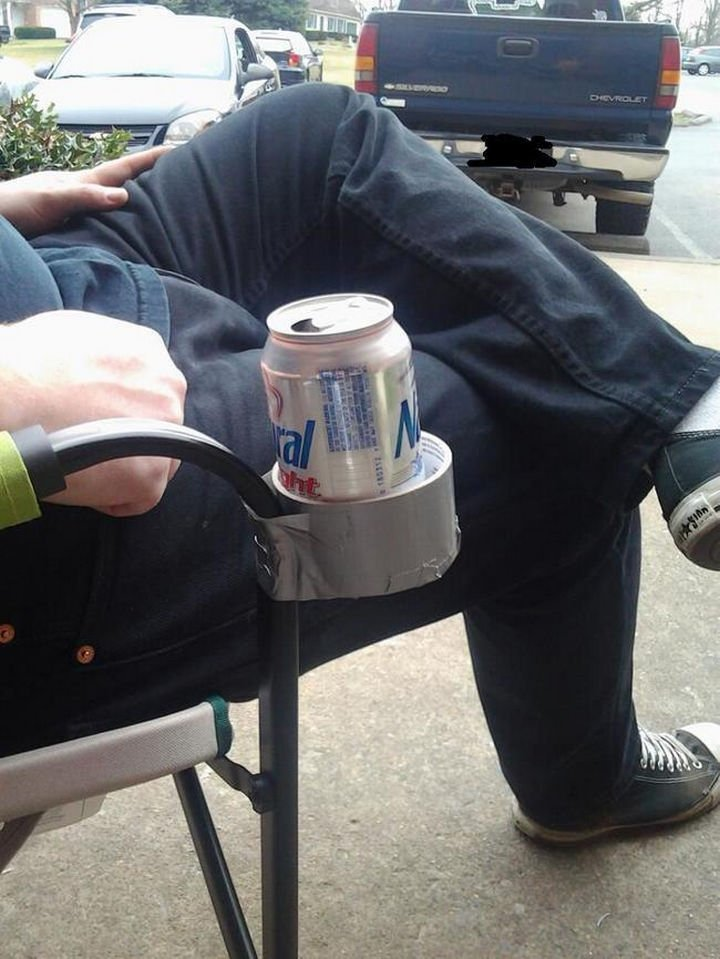 51 Crazy Life Hacks - If your lawn chair doesn