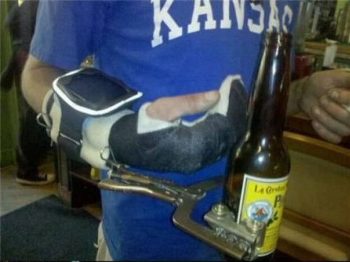 51 Crazy Life Hacks - Even when injured, priorities come first.