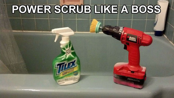 51 Crazy Life Hacks - With tile cleaner and a power drill, mildew doesn