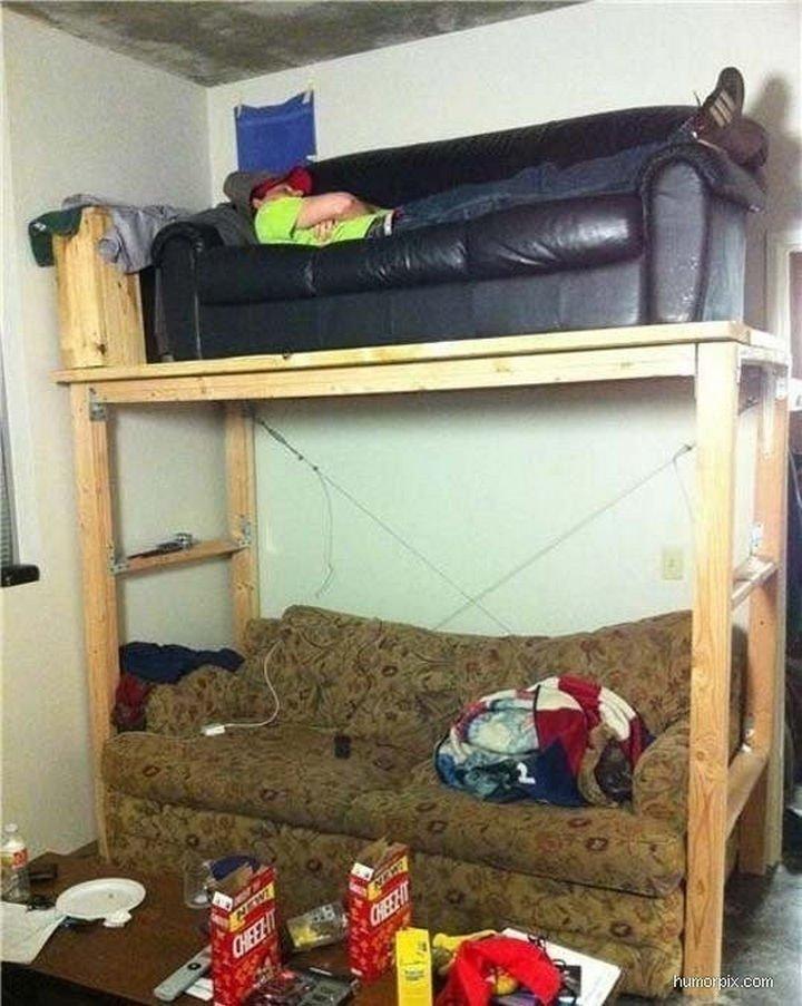 51 Crazy Life Hacks - A DIY bunk bed sofa.