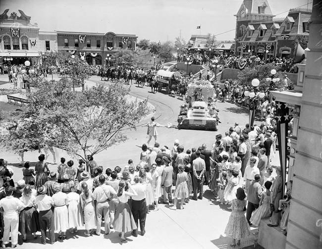 disney-1955-22