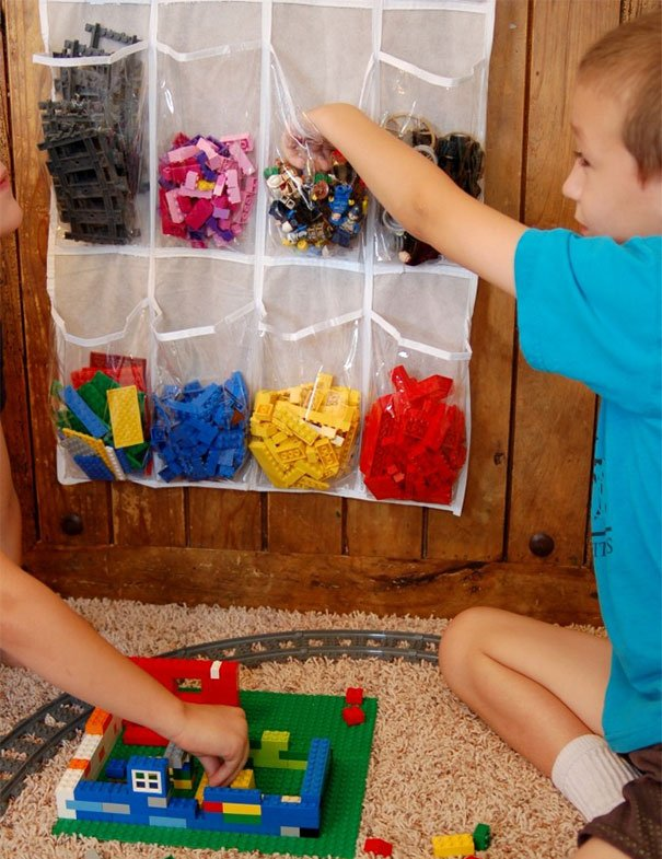 Use Shoe Storage Bag To Store And Organize Legos By Color