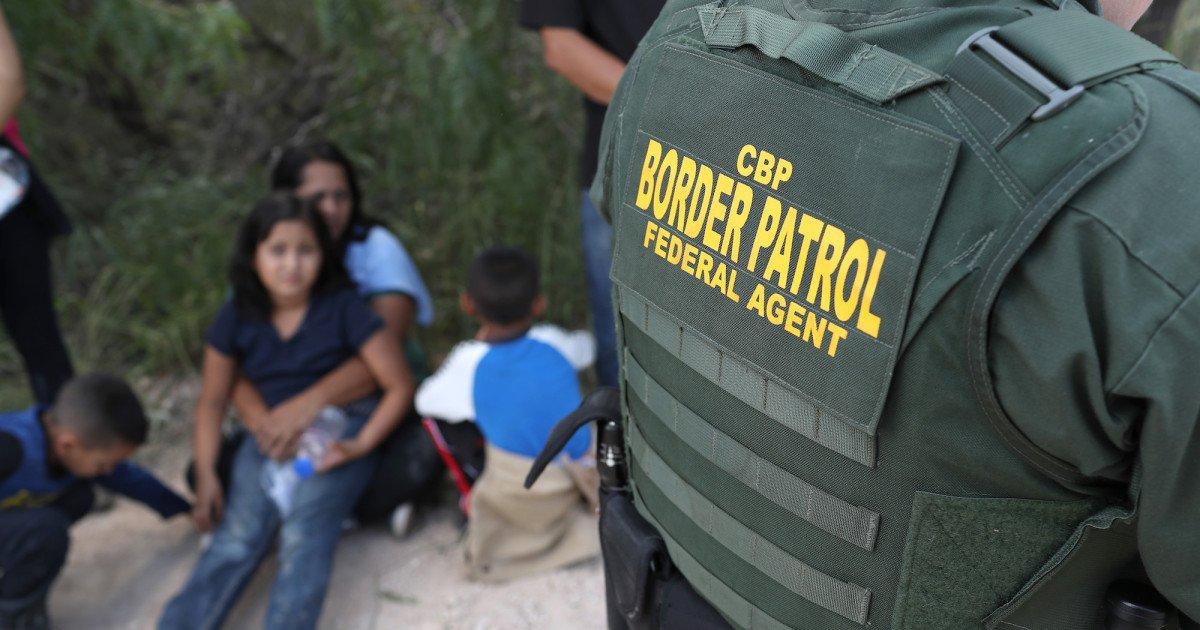 aa.jpg?resize=412,232 - 7-Year-Old Migrant Girl From Guatemala Dies In Border Patrol Custody