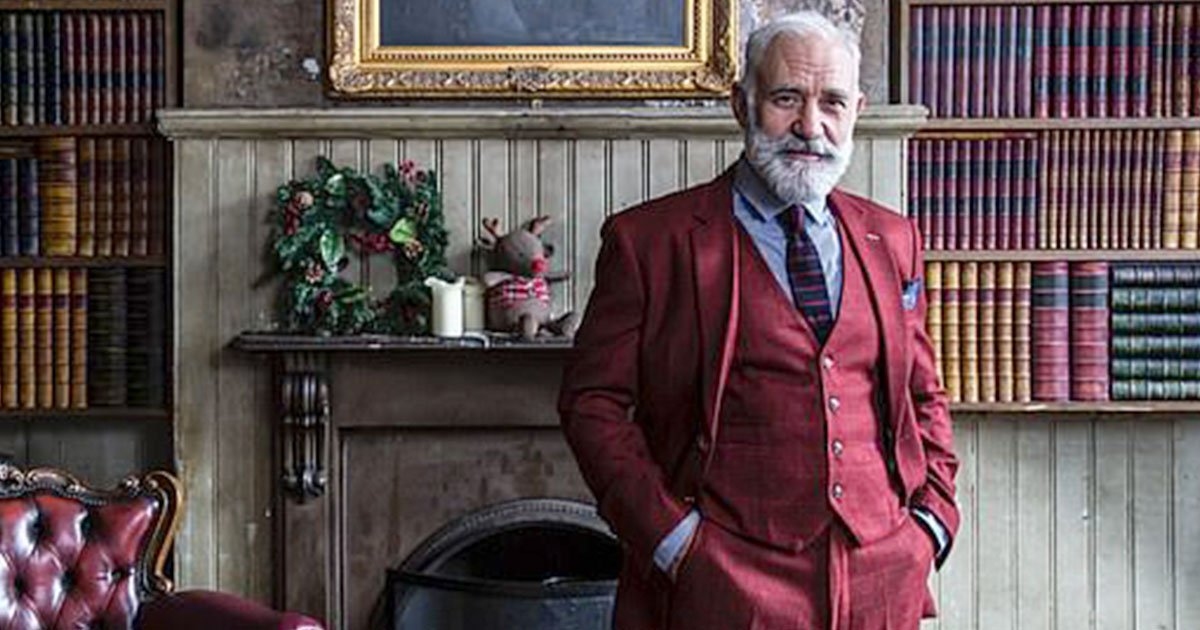 dating app lumen has cast liverpudlian paul orchard to star as santa claus.jpg?resize=300,169 - Dating App Lumen Casted Liverpudlian Paul Orchard To Star As Santa Claus
