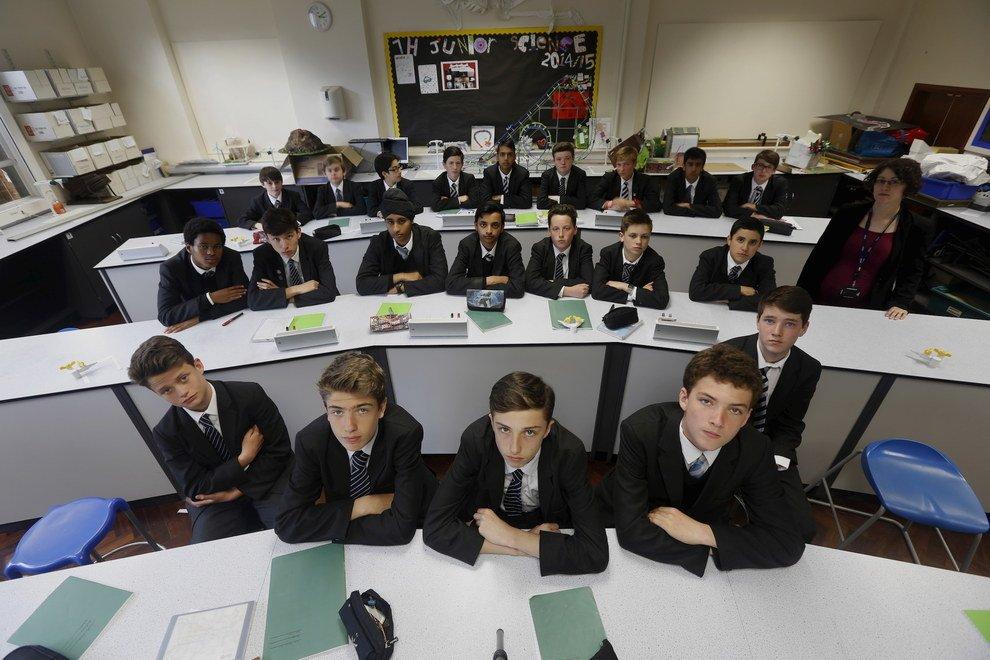 Voici à quoi ressemblent les classes à travers le monde