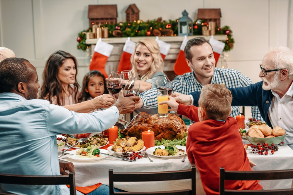 depositphotos 170233078 m 2015.jpg?resize=412,232 - Comment survivre à votre propre famille pour Noël