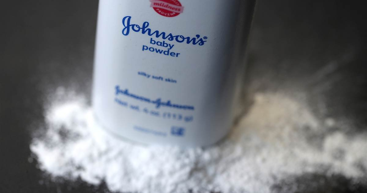 featured image 14.png?resize=412,232 - New Report Finds Johnson & Johnson Knew For Decades That Its Baby Powder Had Carcinogenic Asbestos In It