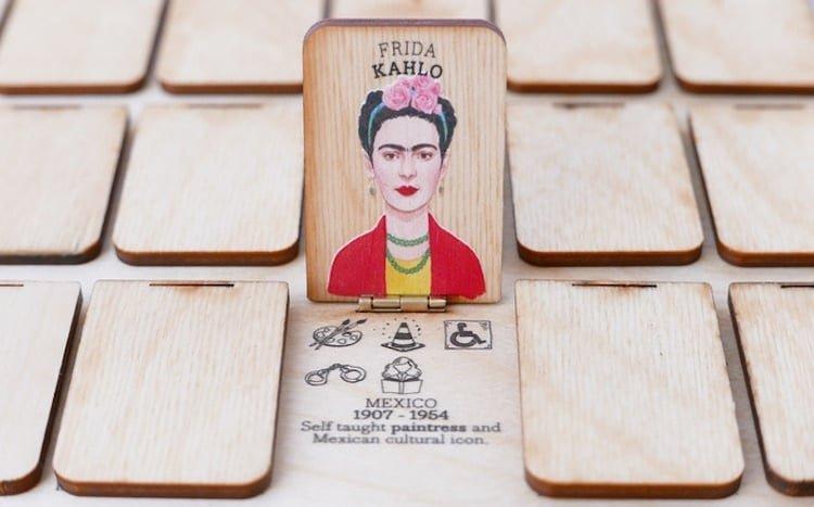 """inspirational women guessing game 001.jpg?resize=1200,630 - Designer, elle réinvente le jeu du """"Qui est-ce?"""" avec uniquement des femmes fortes et célèbres comme protagonistes"""