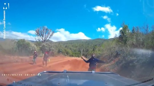 sei 43140336 1fd7.jpg?resize=412,232 - Un couple américain échappe de justesse à une attaque de machette au Kenya