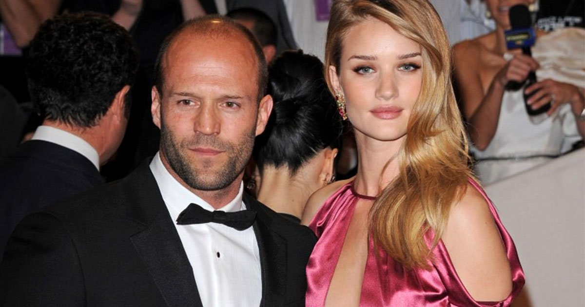 the couple have been together for eight years.jpg?resize=412,232 - Rosie Huntington-Whiteley et Jason Statham sont enfin prêts à se marier