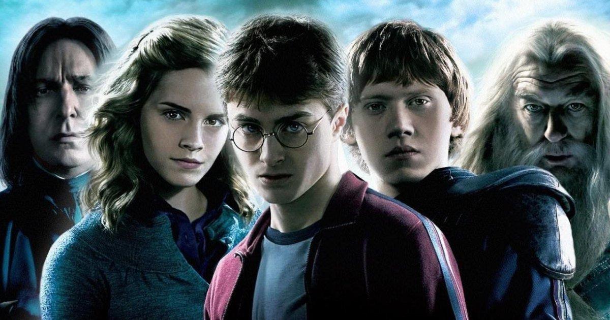 untitled design 34 1.png?resize=412,232 - JK Rowling répond aux fans et dévoile sa théorie de fan préférée sur Harry Potter