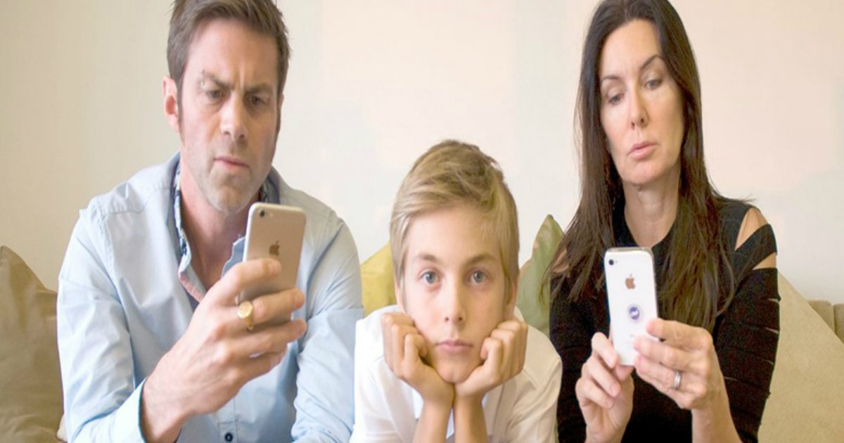 2 26.jpg?resize=412,232 - 19 Hilarious Texts Between Parents and Their Kids