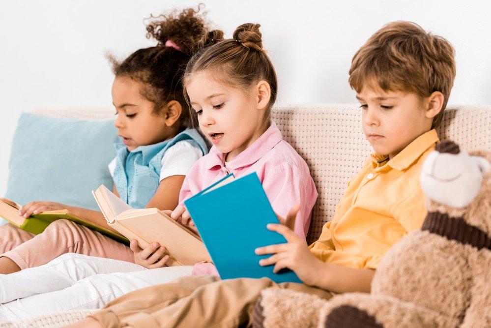 depositphotos 229415714 m 2015.jpg?resize=300,169 - 5 choses à faire pour rendre vos enfants plus heureux