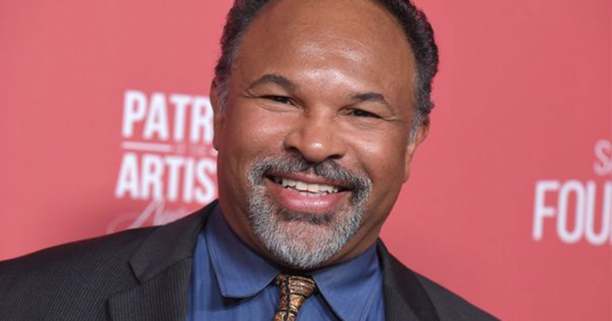 geoffrey owens received a roaring reaction from guests at the sag awards as he addressed being job shamed for working at trader joes.jpg?resize=1200,630 - Geoffrey Owens Received A Roaring Reaction From Guests At The Sag Awards As He Addressed Being Job-shamed For Working At Trader Joe's