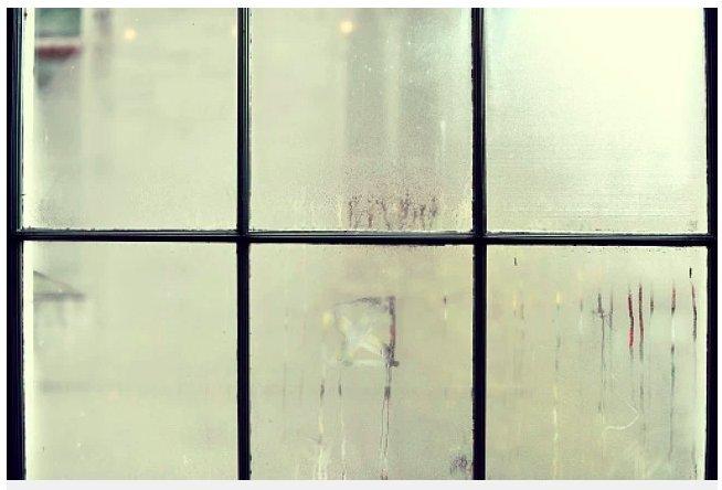 img 5c37c6f69fbea.png?resize=1200,630 - Pourquoi y a-t-il de la condensation à l'intérieur de vos fenêtres ?