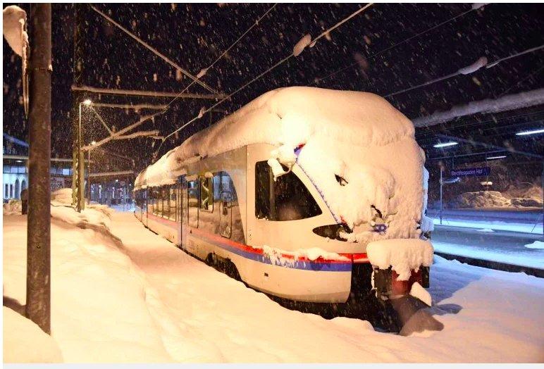img 5c385bba1ec75.png?resize=1200,630 - Au moins 16 morts alors que d'énormes tempêtes de neige frappent l'Europe