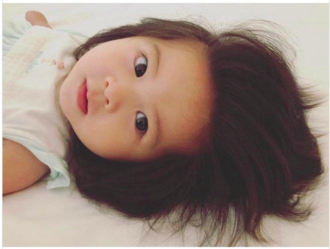 img 5c3fa22f6207e.png?resize=300,169 - Un bébé japonais né avec une tête pleine de cheveux devient la star d'une marque de shampooing
