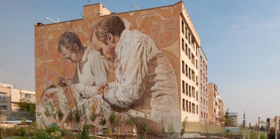 img 5c48702165648.png?resize=412,232 - Des artistes occidentaux écrivent une page d'histoire avec une fresque murale de six étages à Téhéran