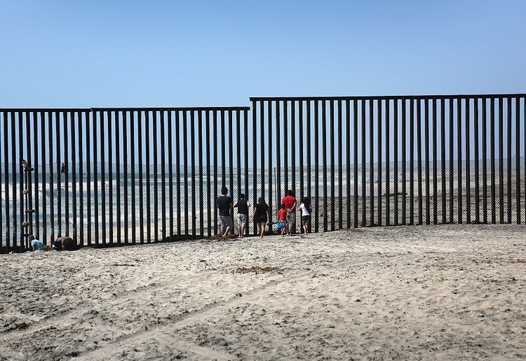 Image result for us mexico border 750
