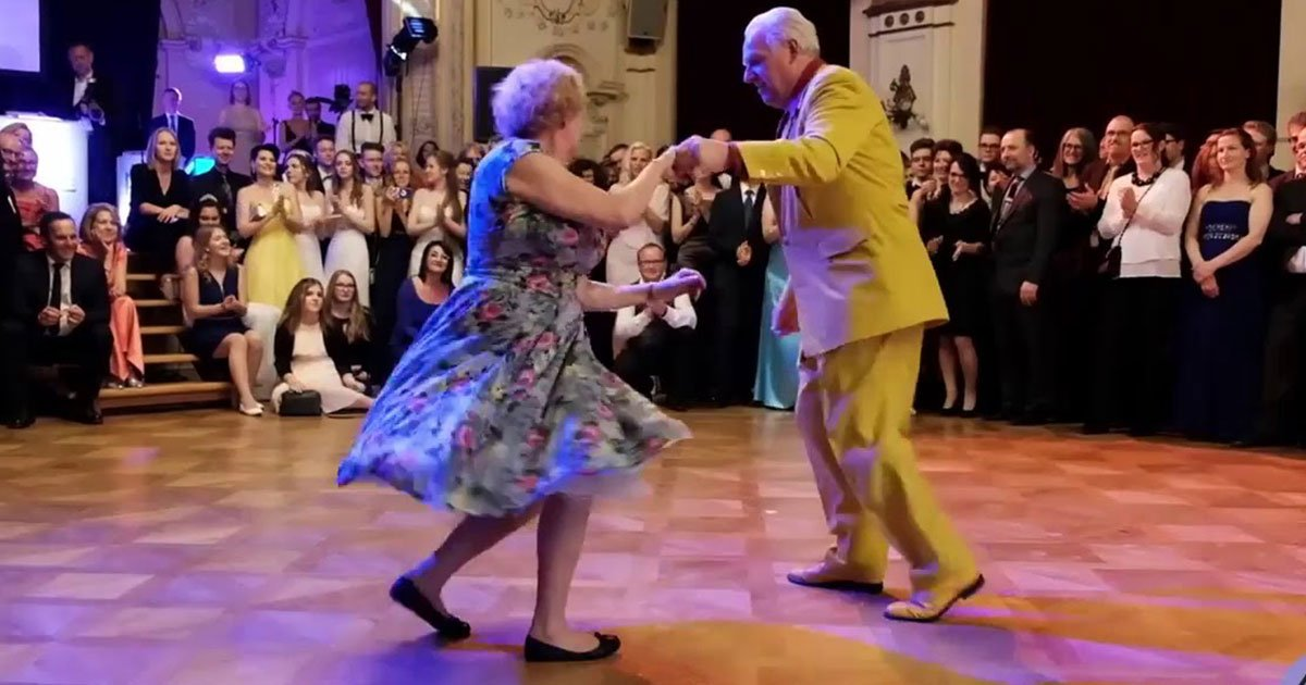 94 year old man and a 91 year old woman amused everyone with their dance performance.jpg?resize=1200,630 - 94 Year Old Man And 91 Year Old Woman Amused Everyone With Their Dance Performance