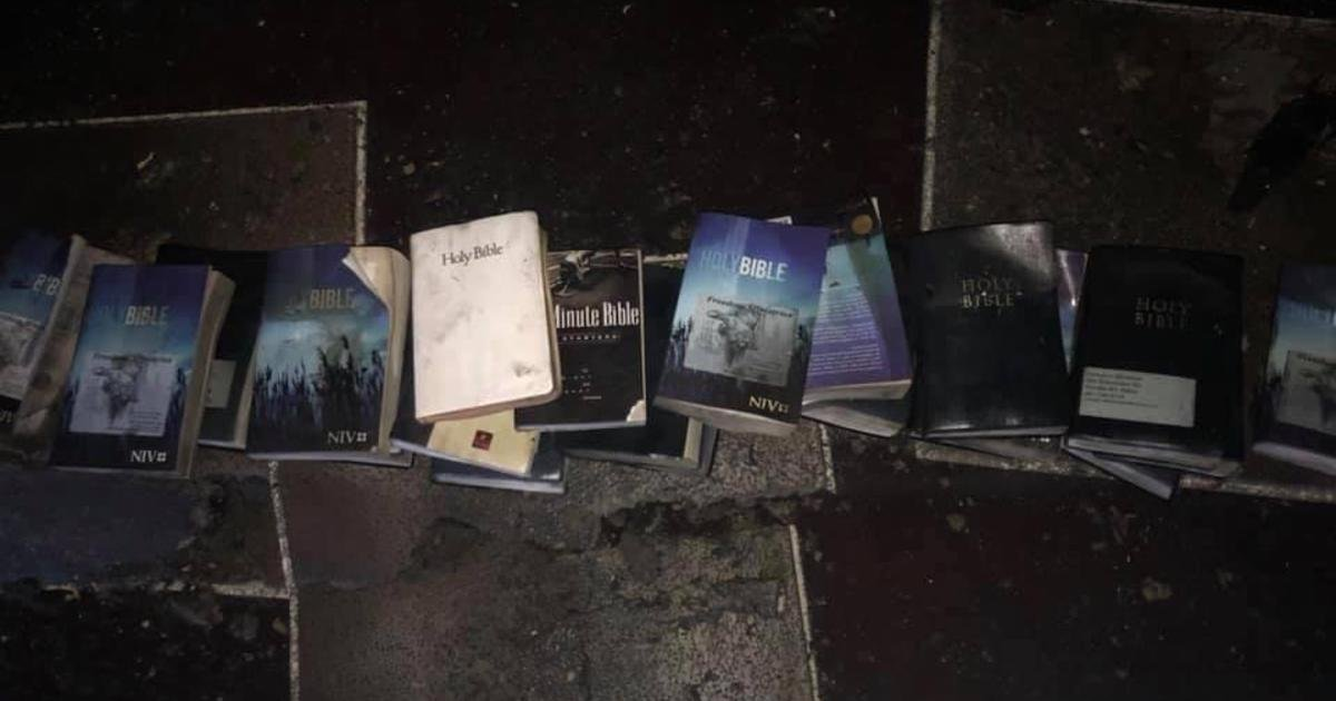 a 1.jpg?resize=1200,630 - Dozens Of Bibles And A Cross Found 'Untouched' After Massive Fire Damages At West Virginia Church