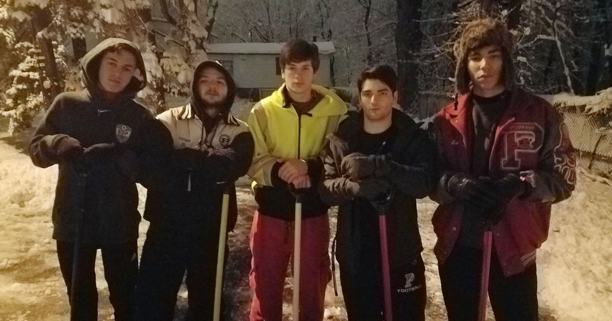 boys shovel driveaway.jpg?resize=1200,630 - Young Boys Shovel Neighbour's Driveway At 4:30 AM Who Needed To Get To Dialysis