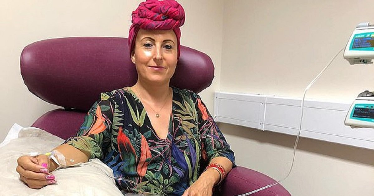 c3.jpg?resize=412,232 - Woman Fights Cancer In Her Own Way By Dressing Up For Chemotherapy