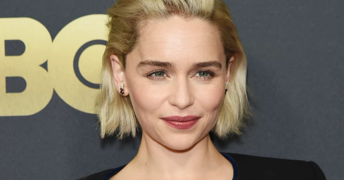 featured image 48.png?resize=412,232 - Emilia Clarke Reveals She Suffered 2 Life-Threatening Brain Aneurysms While Filming GOT