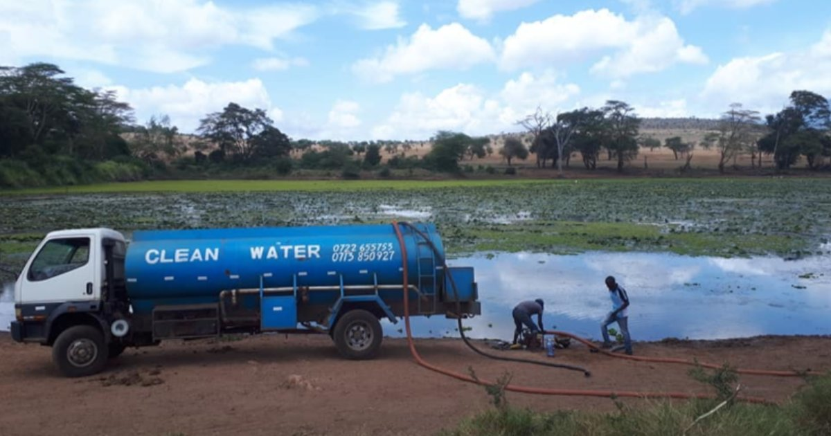 featured image 6.png?resize=1200,630 - Kenyan Man Delivers Thousands Of Liters Of Water To Thirsty Animals Struck By Drought