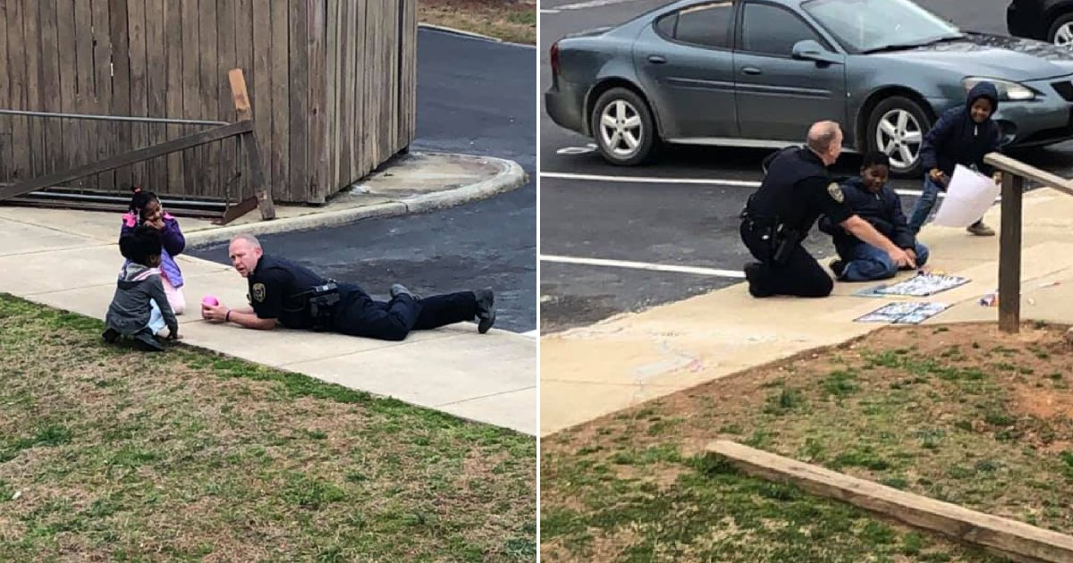 officer and kids.png?resize=1200,630 - Police Officer Played Doll With Children After Responding To A Call