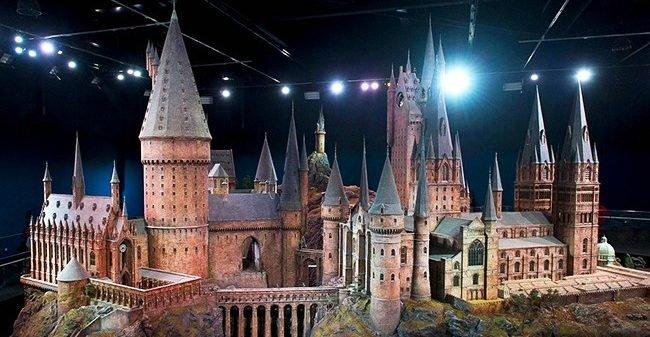 20 hechos harry potter 19986460 21630710 7 0 1508852895 1508852903 650 1 1508852903 650 b32ab710da 1509470087 e1555569809697.jpg?resize=1200,630 - 20 hechos del mundo de Harry Potter que sorprenderán hasta a los más fieles fanáticos