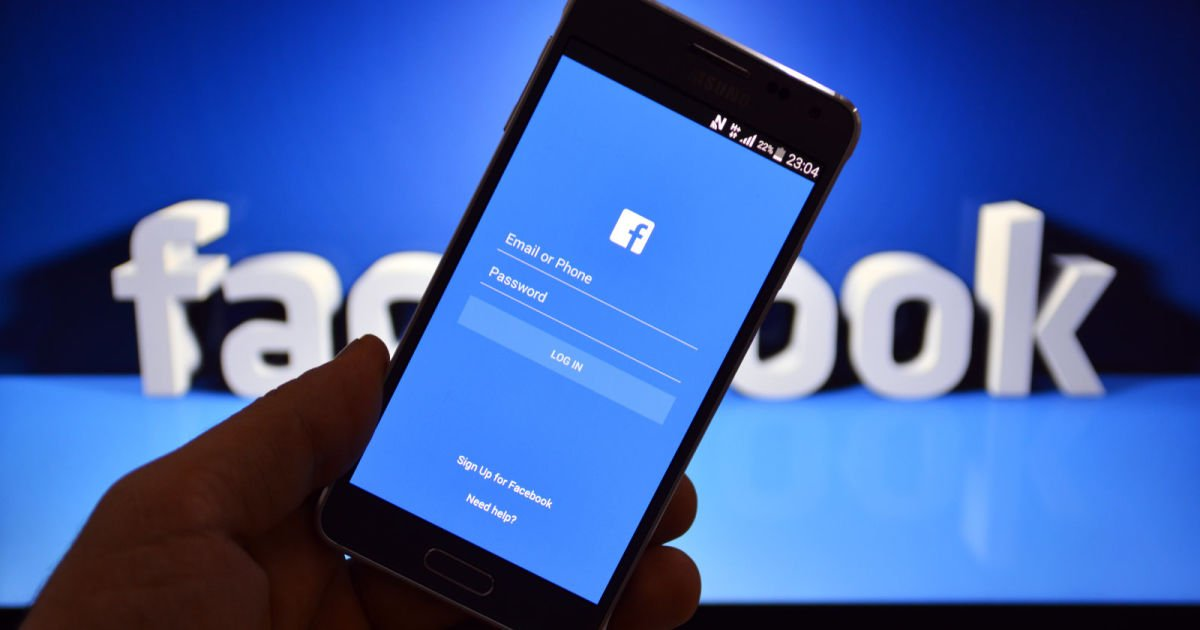 a 15.jpg?resize=1200,630 - Facebook 'Unintentionally' Uploaded Email Addresses Of 1.5 Million Users Without Consent