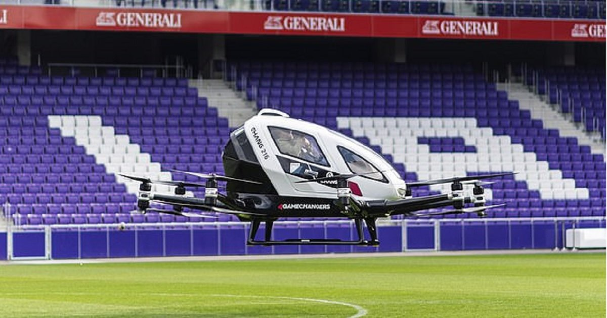 """d3 4.jpg?resize=1200,630 - Pilotless Drone Taxi Is """"Ready For Mass Production"""""""