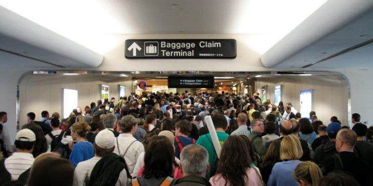 flight attendants travel tips to pack better beat jet lag and save money image 133.jpg?resize=1200,630 - 40+ Travel Hacks Shared By Flight Attendants To Help Pack Better, Beat Jet Lag, And Save Money