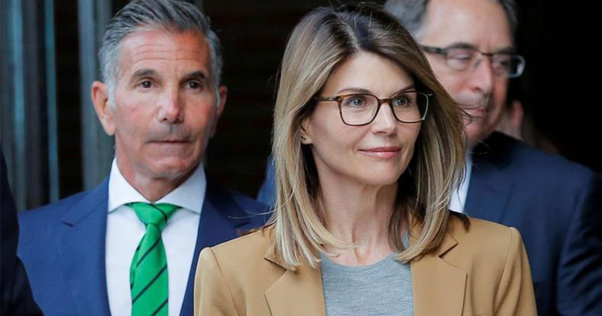 lori loughlin and her husband are now facing 40 years in prison for allegedly bribing officials in college admission scandal.jpg?resize=412,232 - Lori Loughlin And Her Husband Are Now Facing 40 Years In Prison For Allegedly Bribing Officials In College Admission Scandal